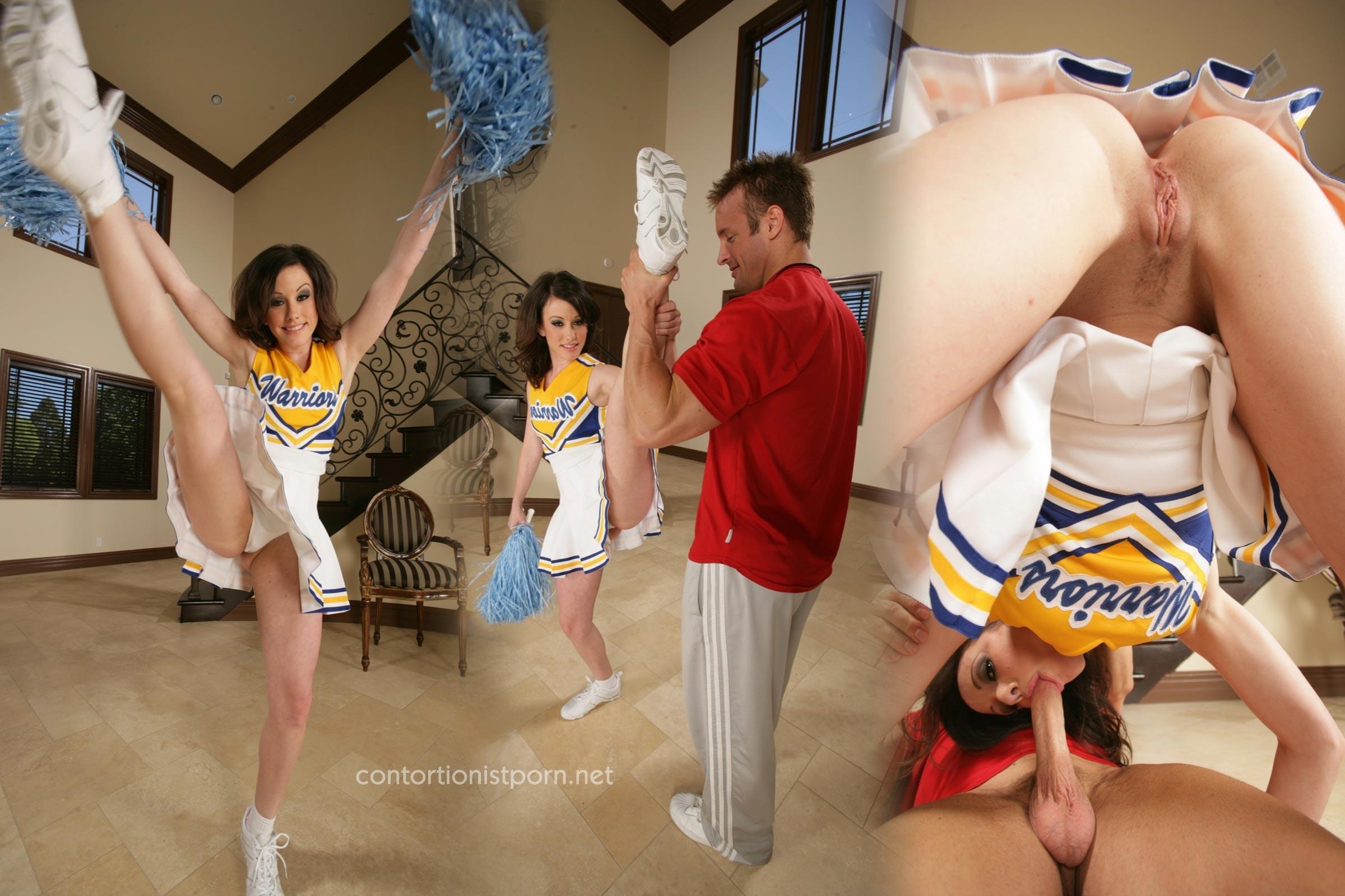 Nude college cheerleader pic