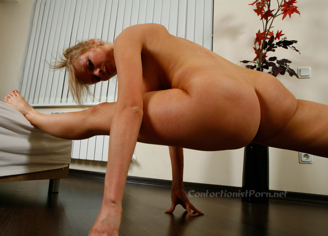 Apologise, sexy flexible contortionist nude idea useful